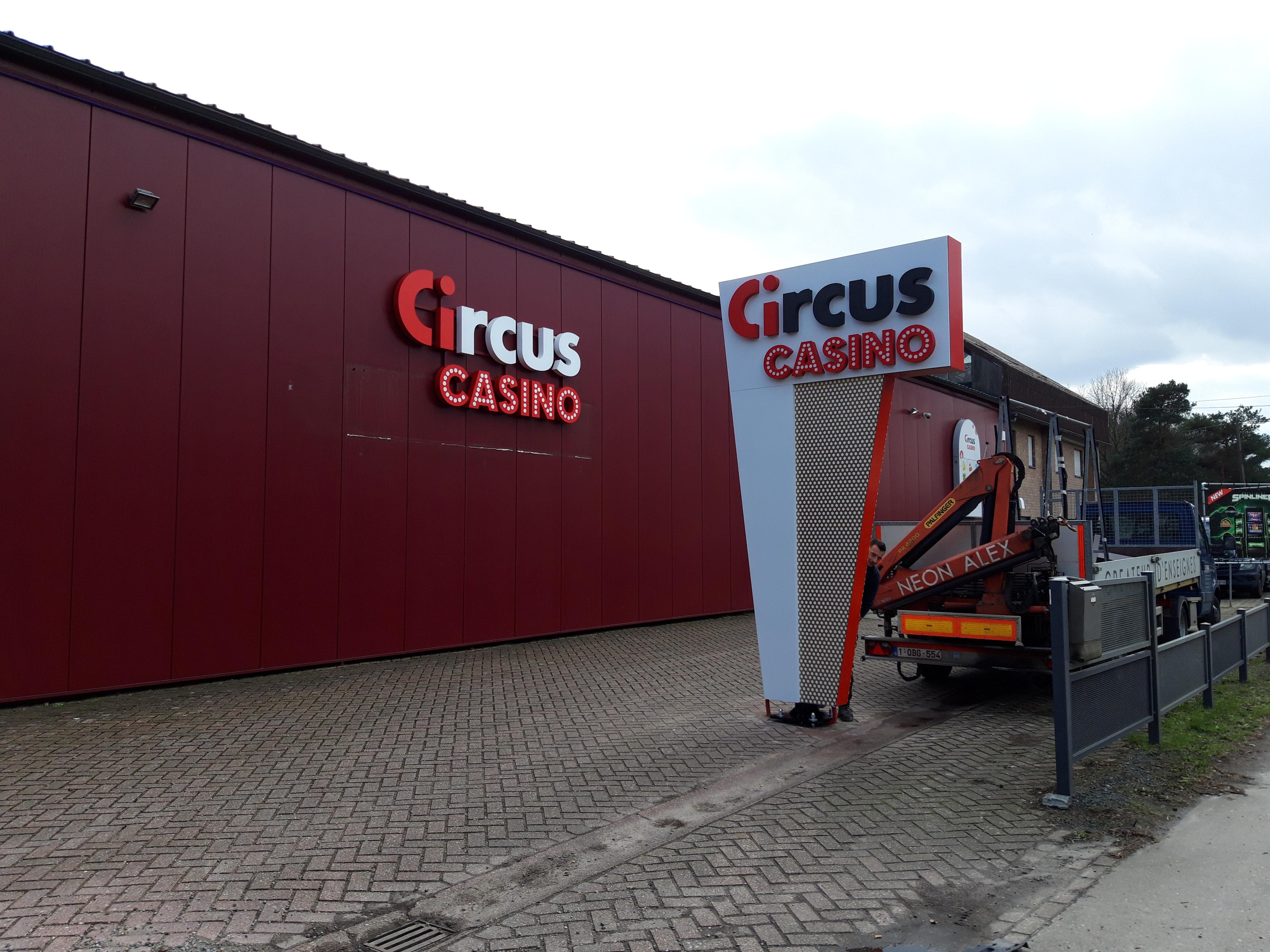 Totem - Circus Casino