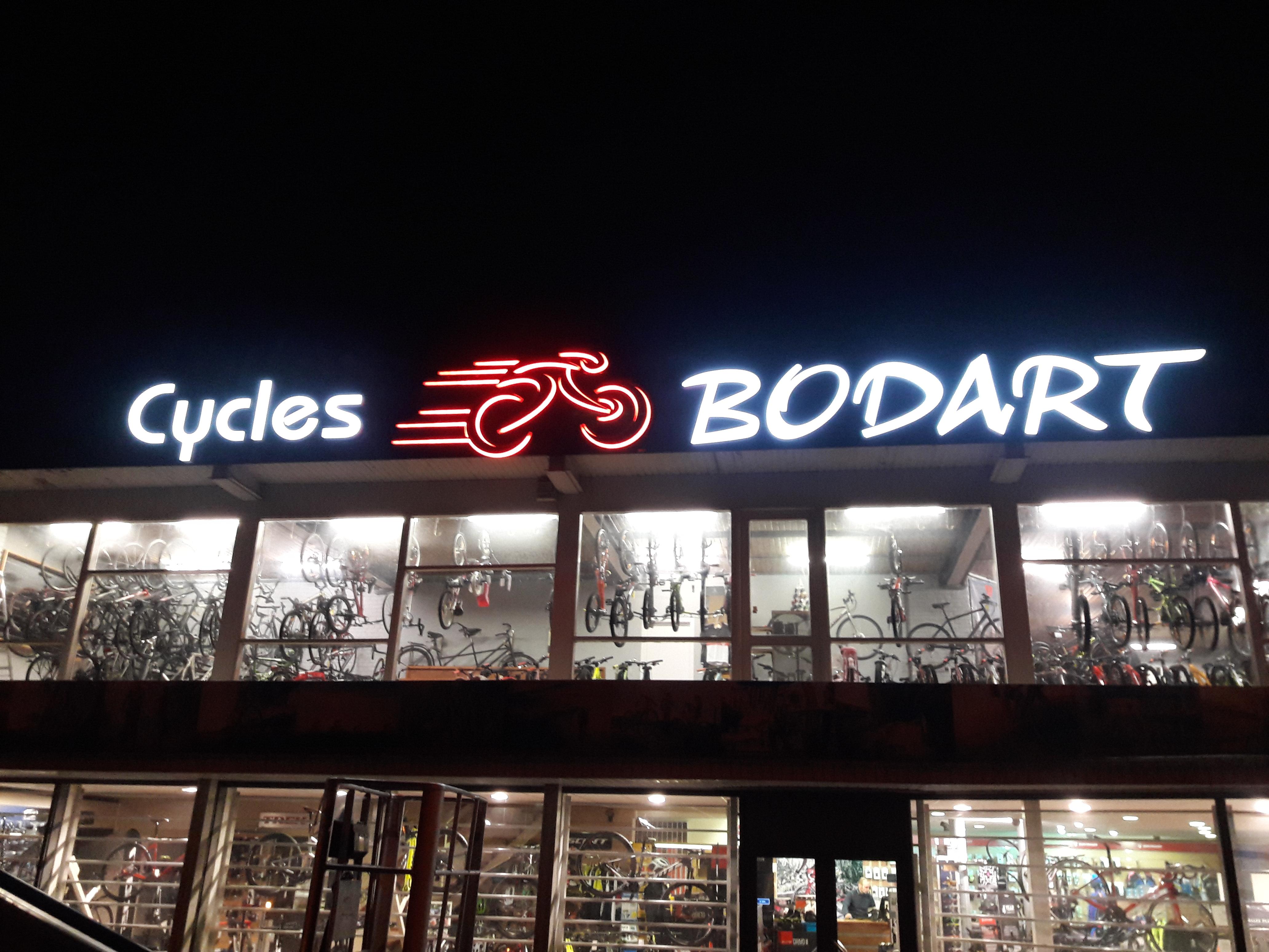 Lettres en relief - Cycles Bodart