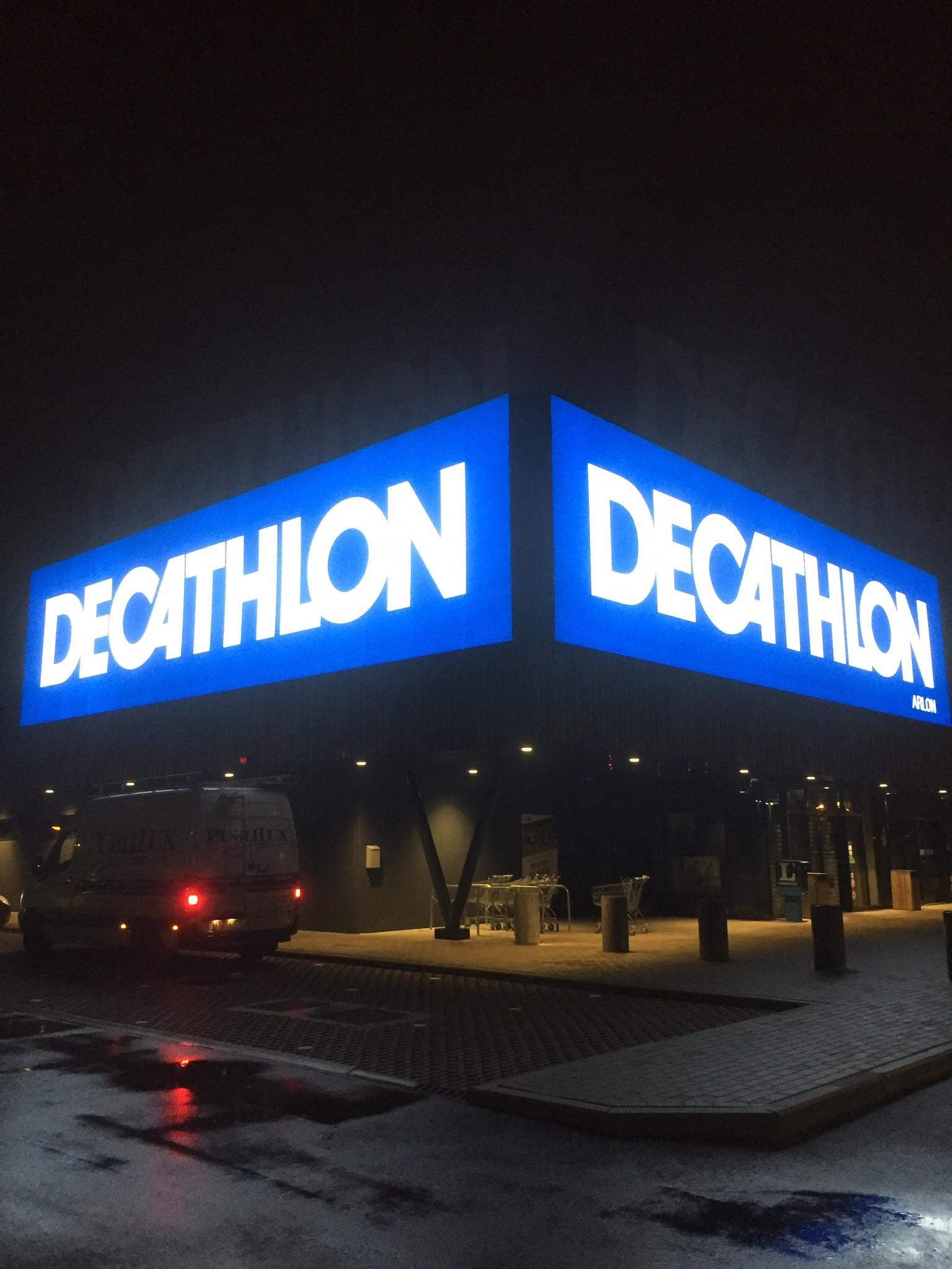 Caisson façade Decathlon Arlon