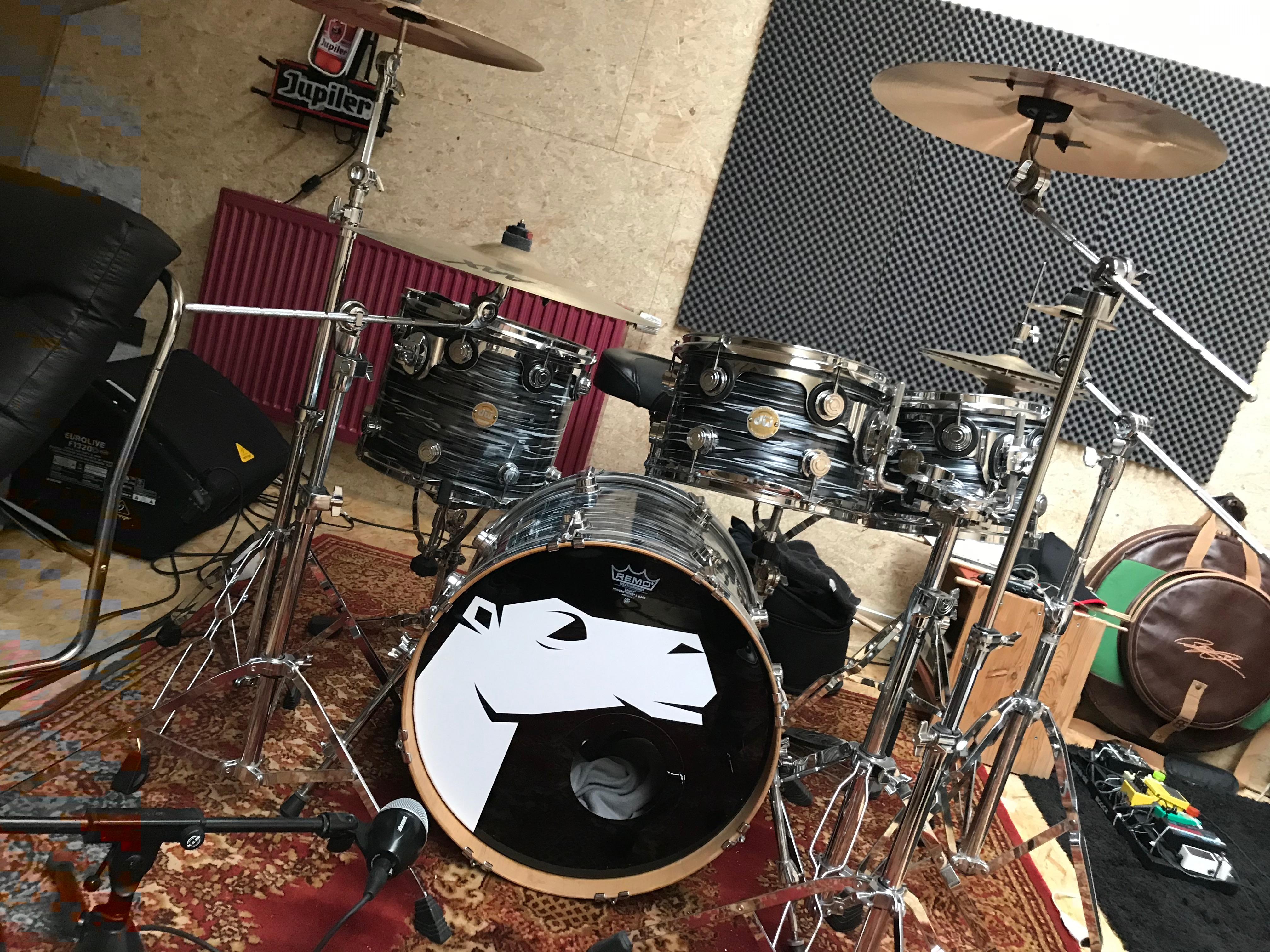Néon et créations artistiques Drum déco