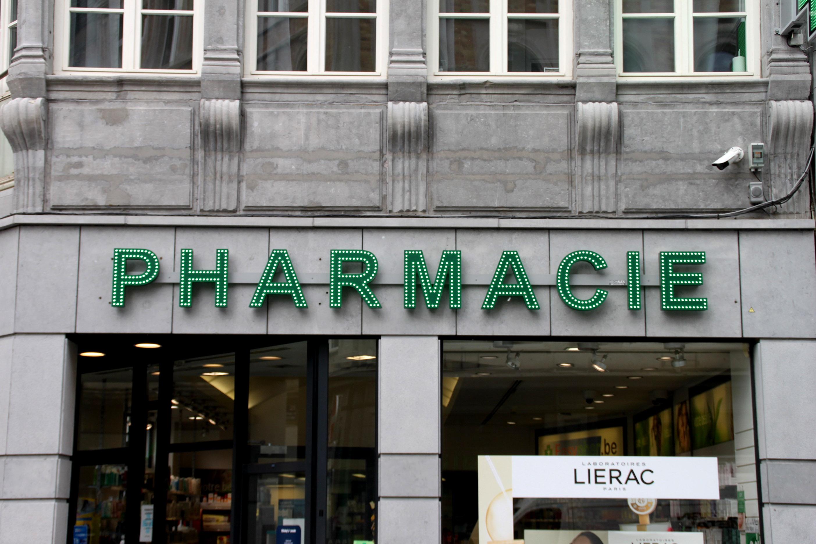 Enseigne et croix de pharmacie EasyPha