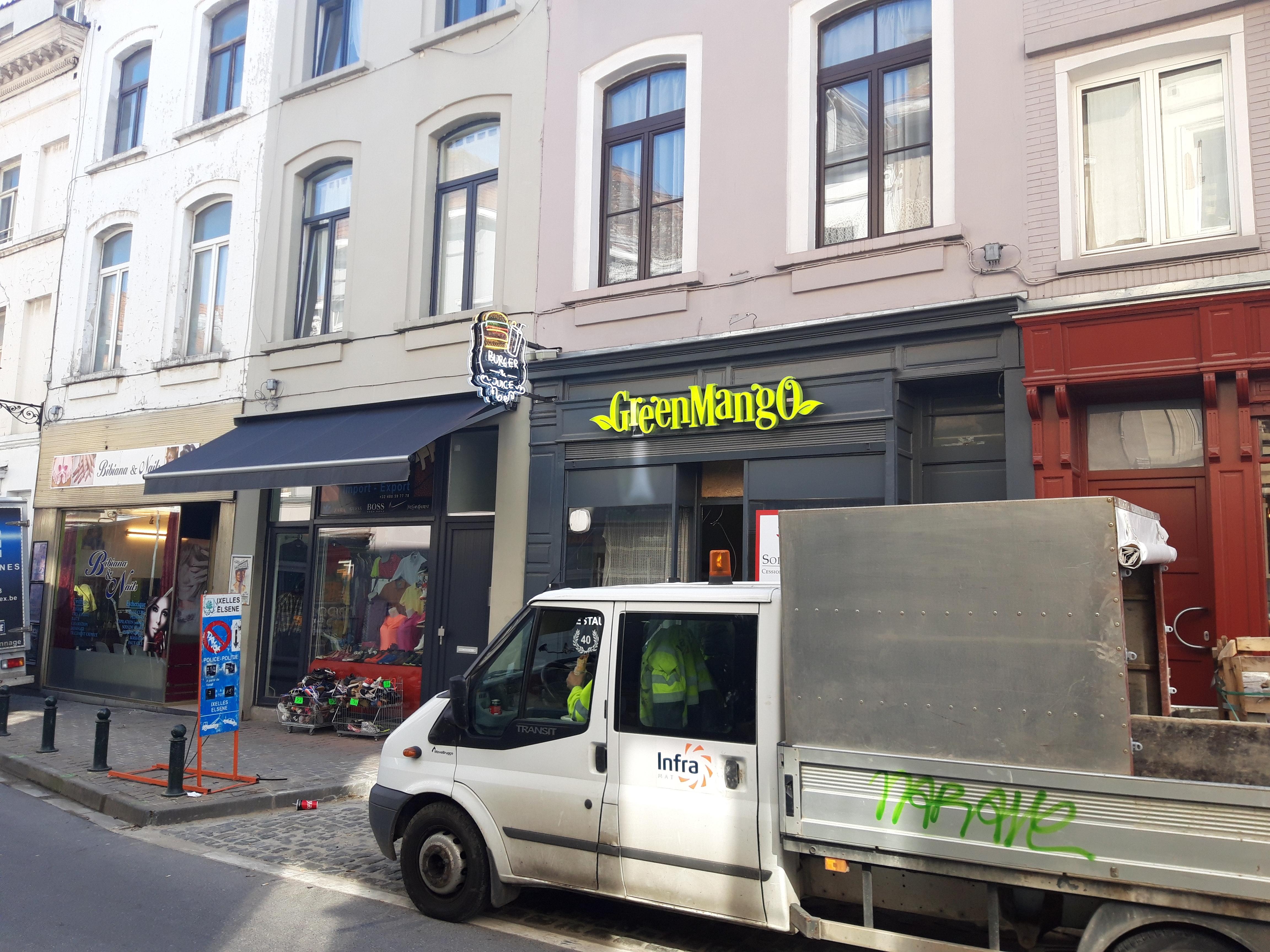 Lettres en relief - Greenmango Bruxelles