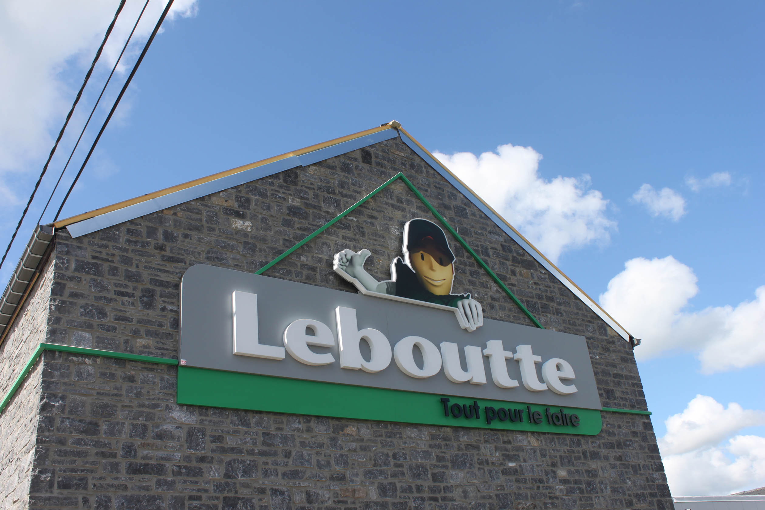Ensigne en toiture Leboutte