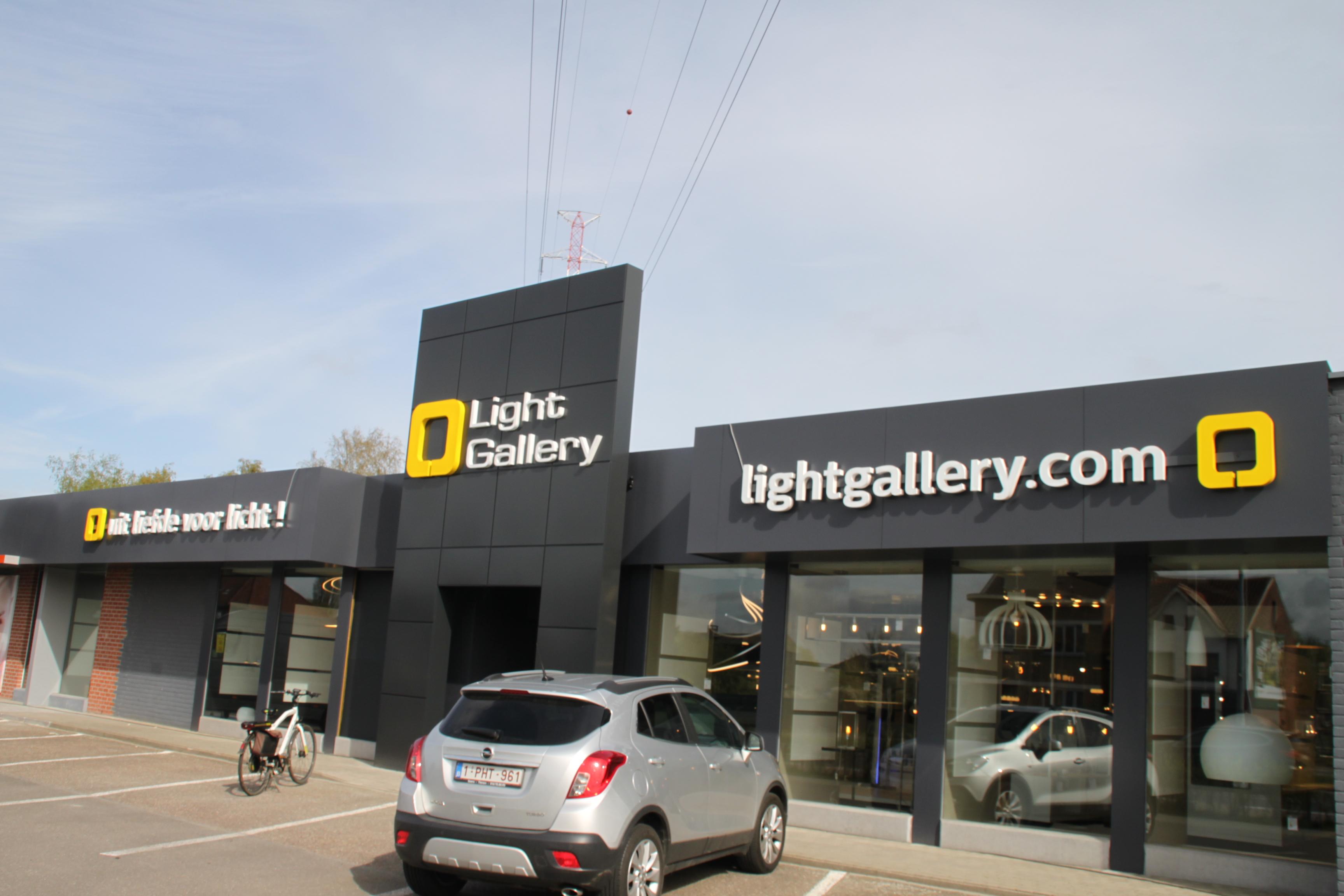 Lettres en relief Light Gallery Gosselies
