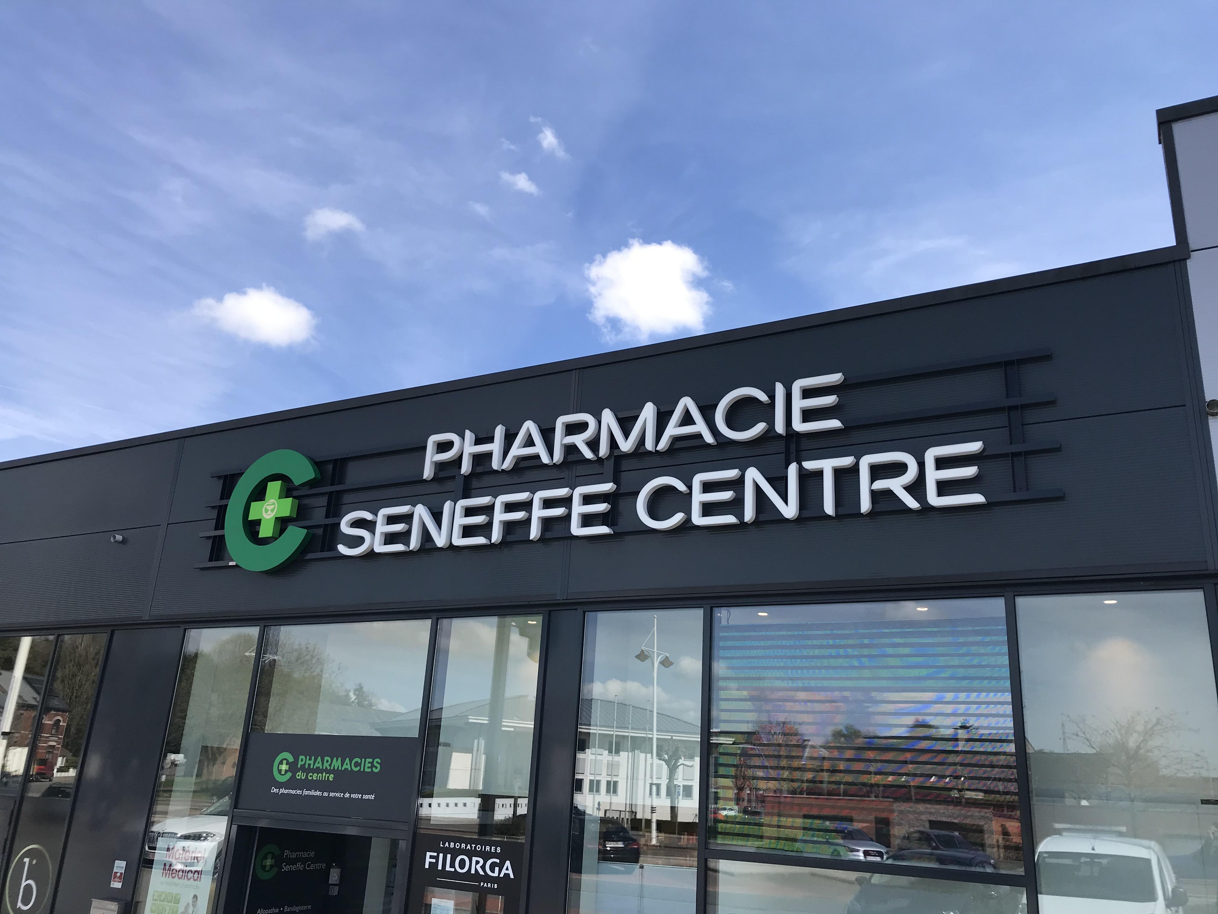 Enseigne et croix de pharmacie Pharmacie de Seneffe