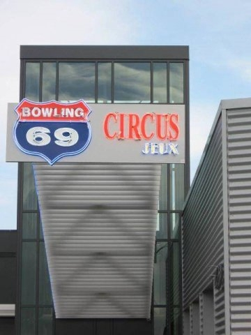 Bowling Circus