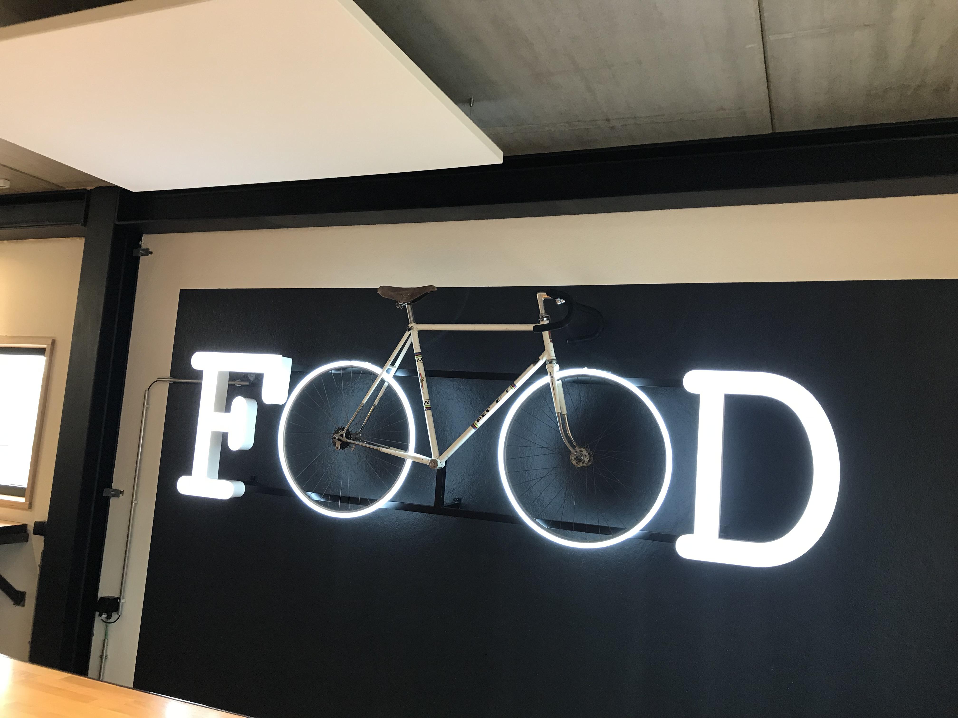 Néon et créations artistiques Vélo food