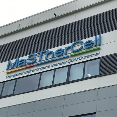 Enseigne et croix de pharmacie Masthercell