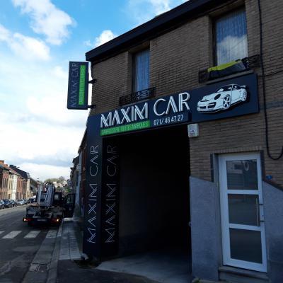 Lettres en relief - Maxim Car