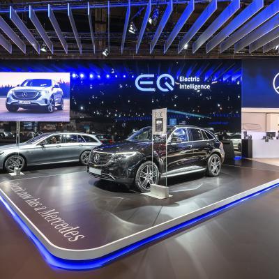 Lettre en relief - EQ Mercedes