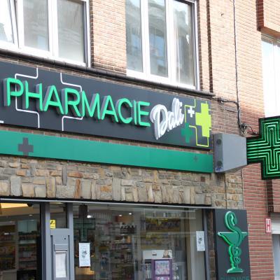 Enseigne et croix de pharmacie Pharmacie Dali Bruxelles