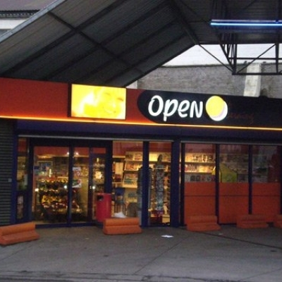 Station essence open
